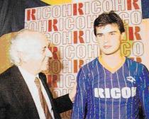 Berthold alla presentazione con la maglia del Verona