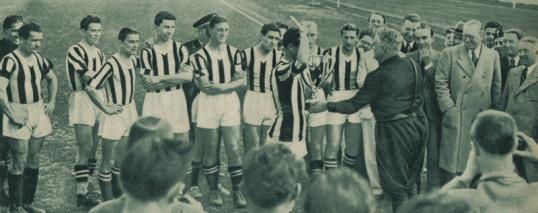 1938: la Juventus riceve la sua prima Coppa Italia